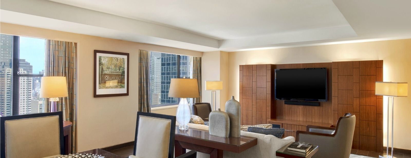 Midtown Manhattan Accommodations - Presidential Suite