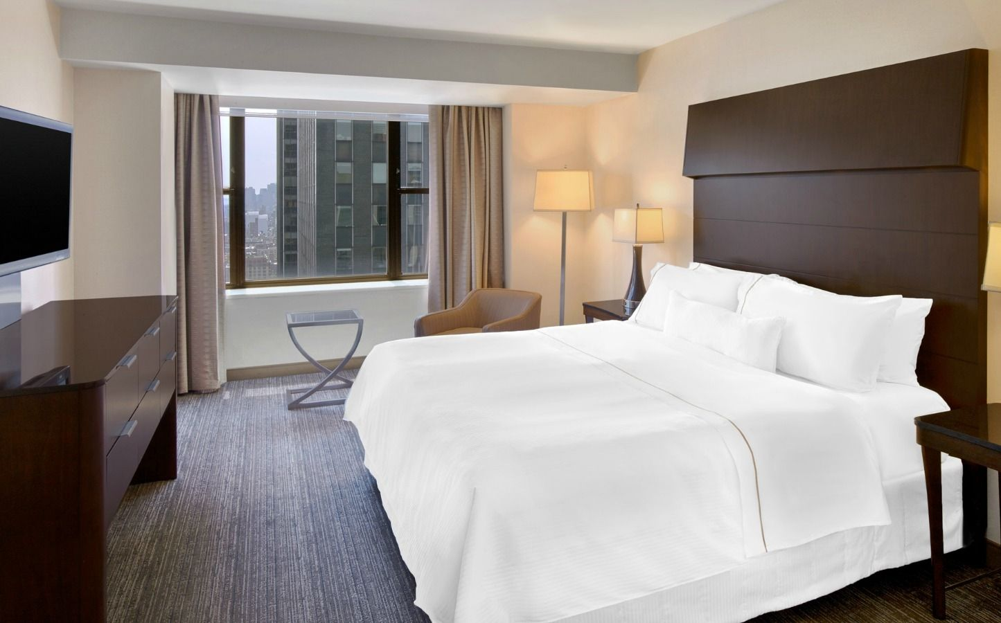 Midtown Manhattan Accommodations   One Bedroom Suites